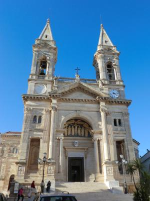 サンティ・メディチ・コズマ・エ・ダミアーノの聖所記念堂