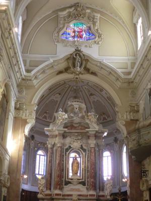 サン・マルティーノ教会内部
