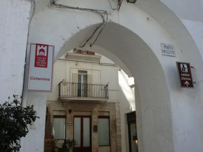 チステルニーノの門