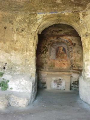 ティモーネの展望台の洞窟教会内部