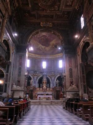 サンティッシマ・アンヌンツィアータ教会 内部