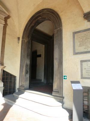 ラウレンツィアーナ図書館入り口