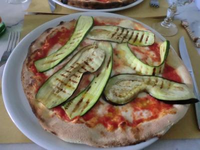 ミラノ 昼ごはんピザ