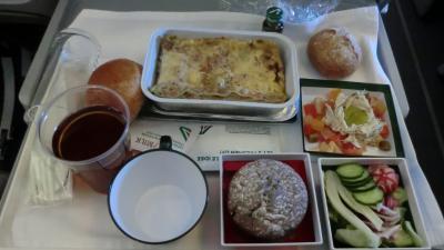 アリタリア航空 プレミアムエコノミー 機内食