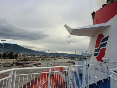 ギリシャからイタリアへの船