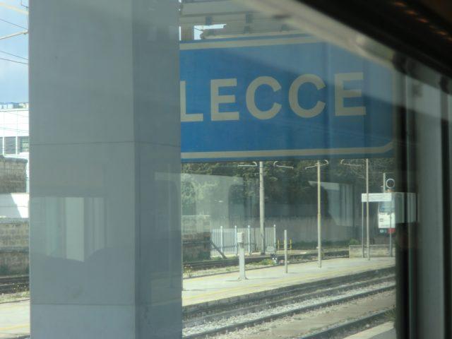 レッチェ駅
